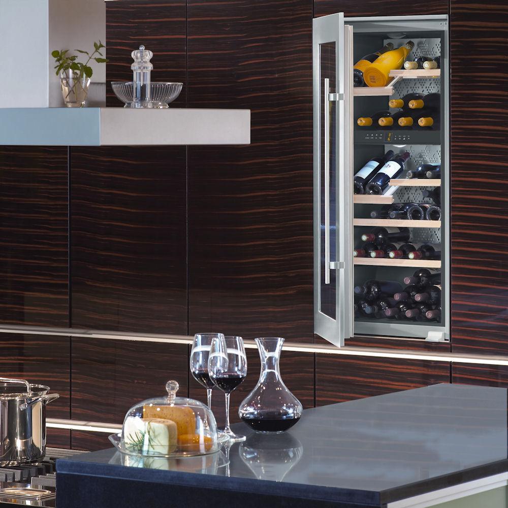 cave vin liebherr wtees 2053 vinidor. Black Bedroom Furniture Sets. Home Design Ideas